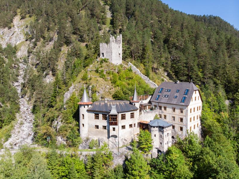 Drohnen-Luftbild Burgen - Aufnahmen für Tourismus, Reisen, Dokumentation
